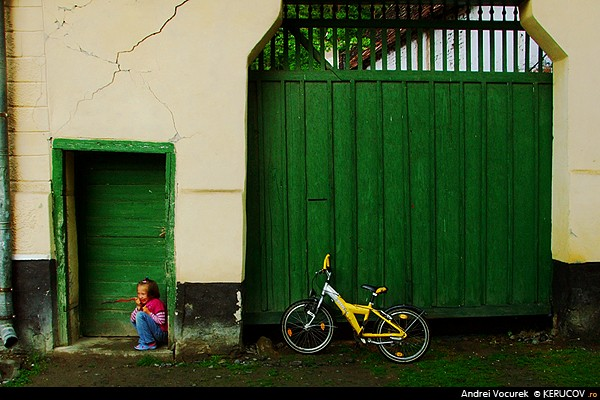 Bicicleta galbena / The Yellow Bicycle, Malancrav